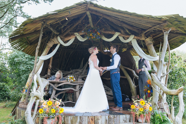 ash-rescue-centre-devon-weddings-venue-jenny-flowers